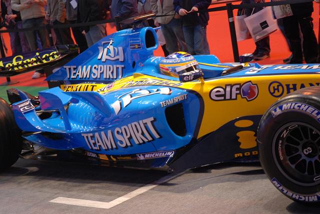 Renault 06